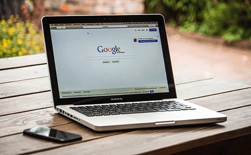 SEO keyword research google search engine in laptop